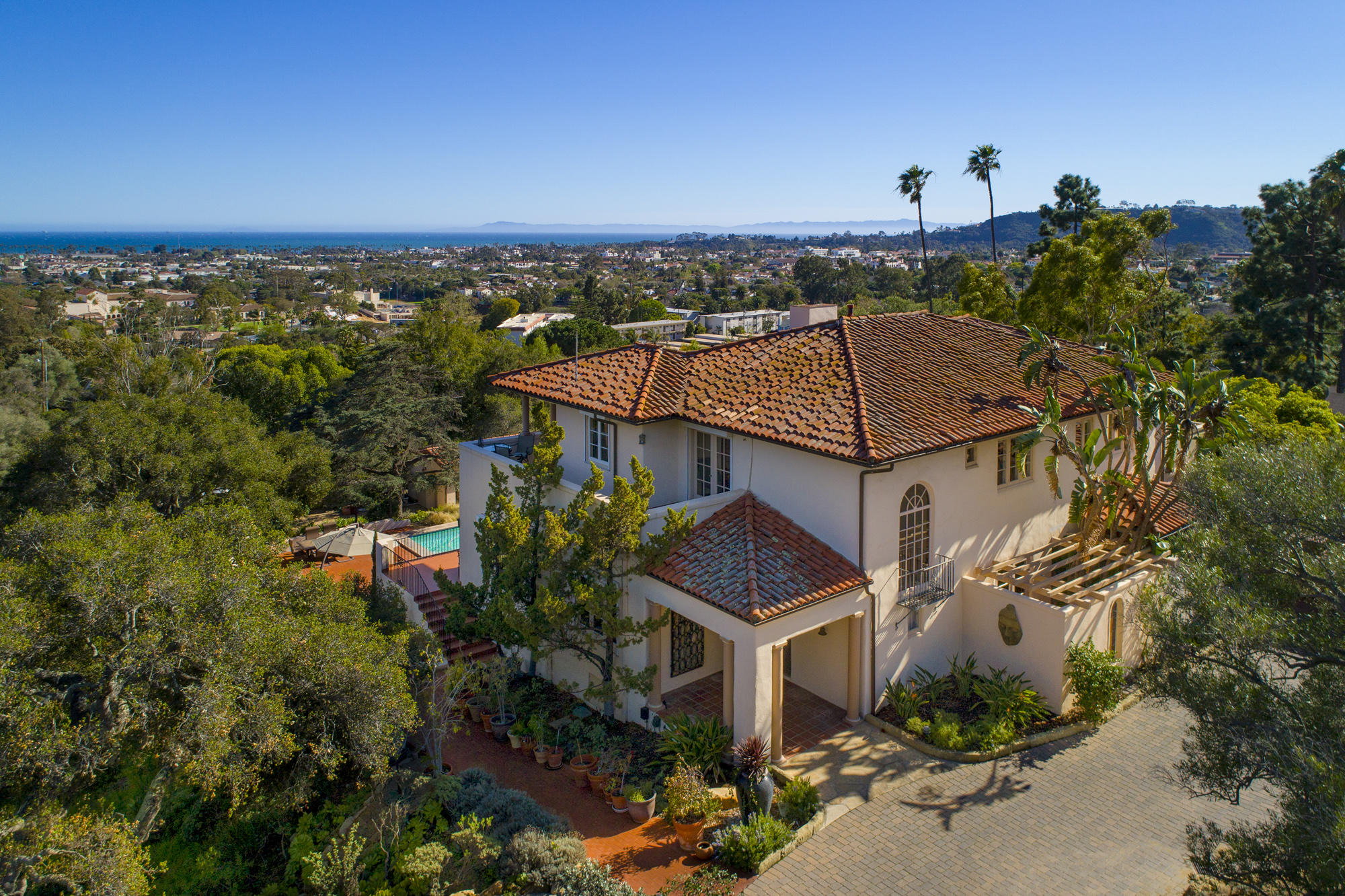 Property photo for Santa Barbara, California 93103 - 18-2288