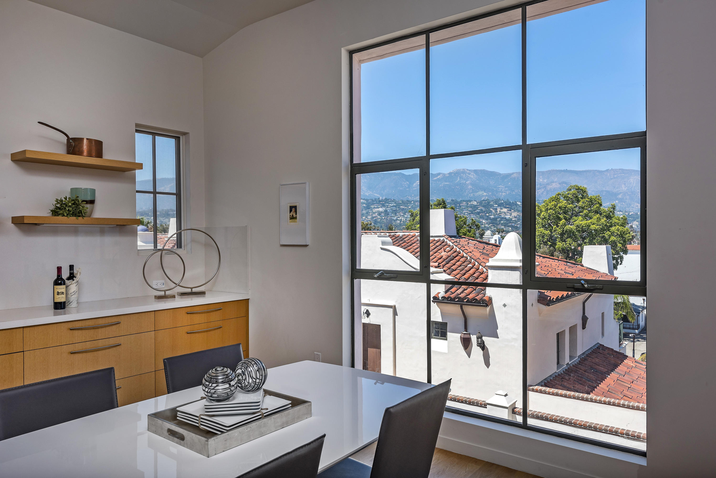 Property photo for 401 Chapala St #402 Santa Barbara, California 93101 - 18-2340