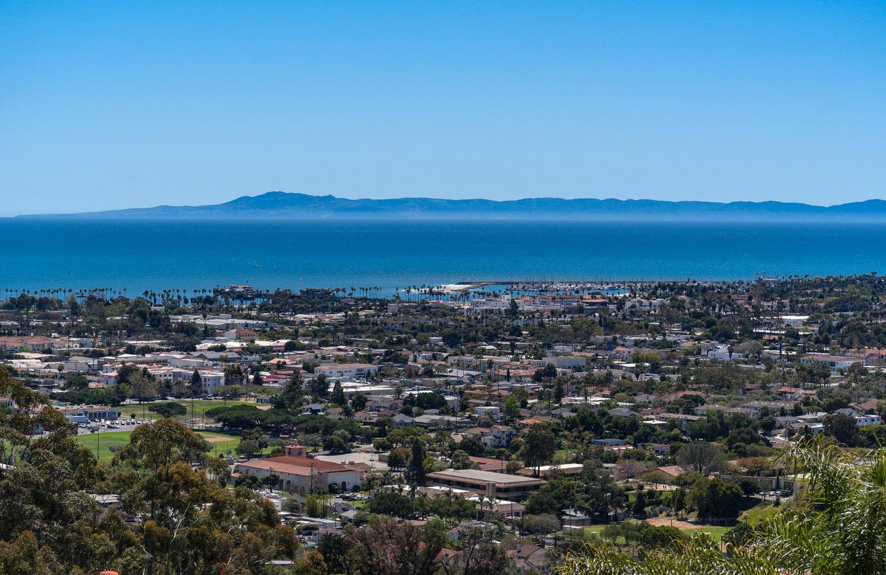 Property photo for 1227 Serra Vista Ln Santa Barbara, California 93103 - 18-2631