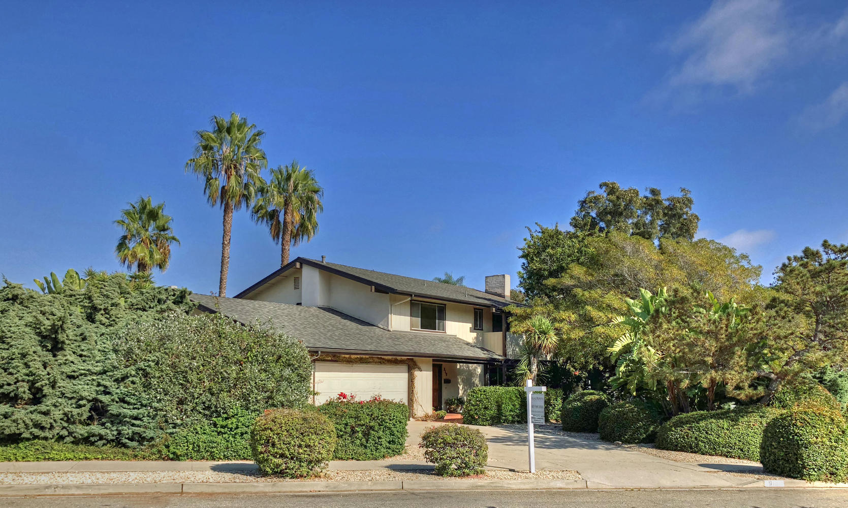 Property photo for 910 Randolph Road Santa Barbara, California 93111 - 18-3536