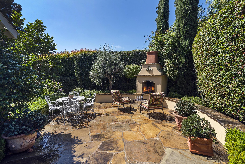 Property photo for 2818 Valencia Dr Santa Barbara, California 93105 - 18-3583