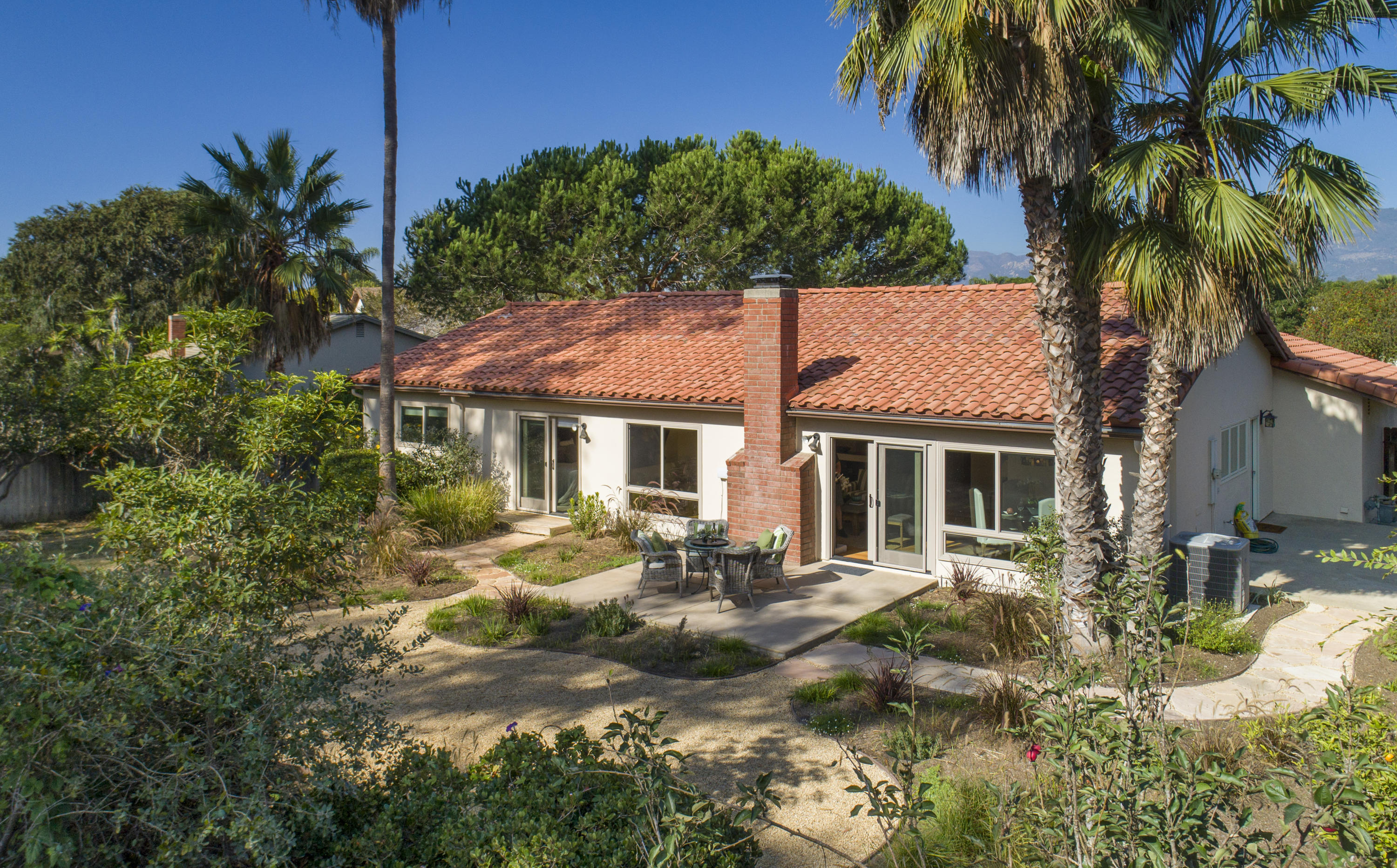 Property photo for 4641 Camino Del Robles Santa Barbara, California 93110 - 18-3094