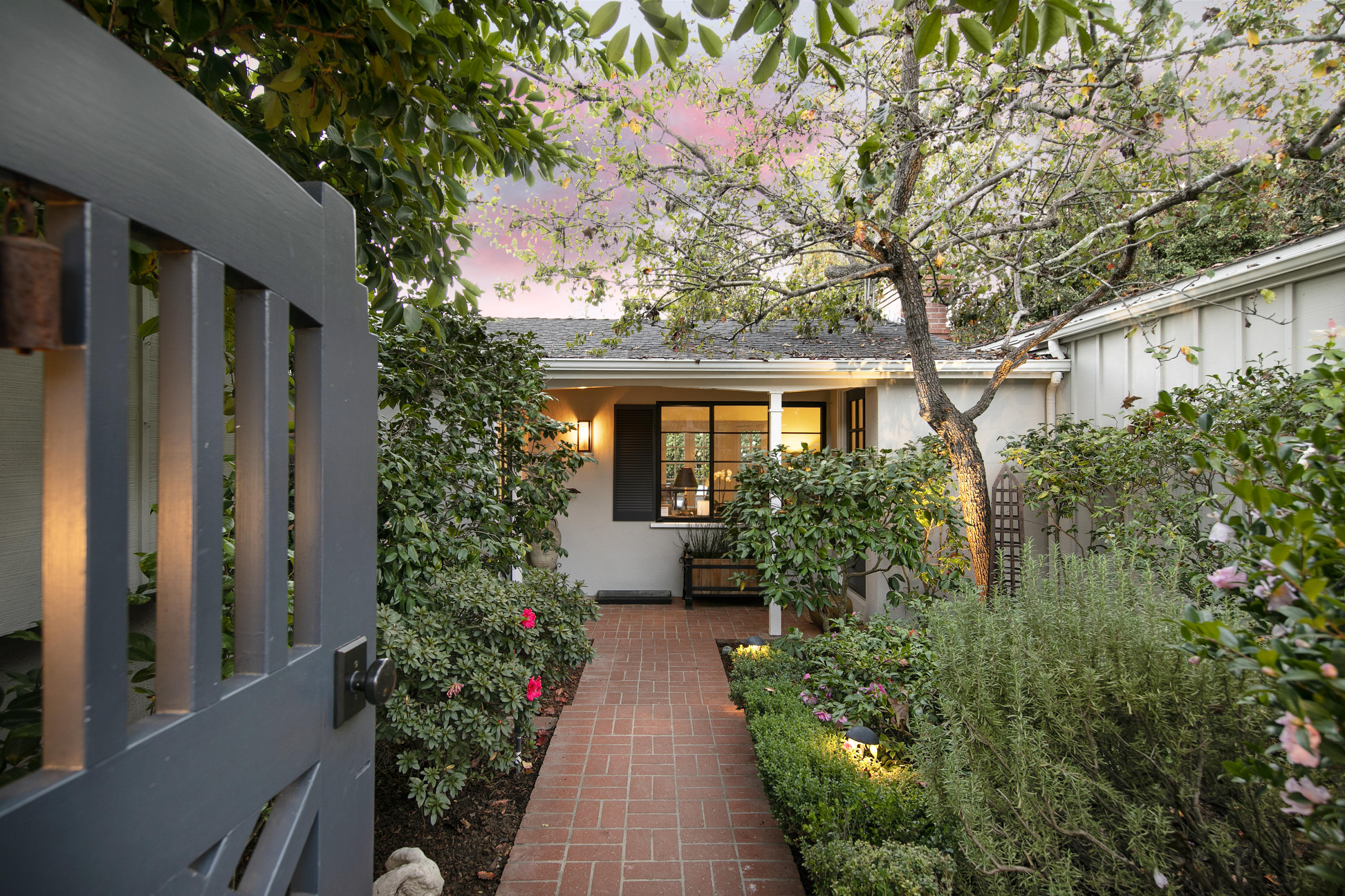 1511 E Valley Rd, Montecito, California
