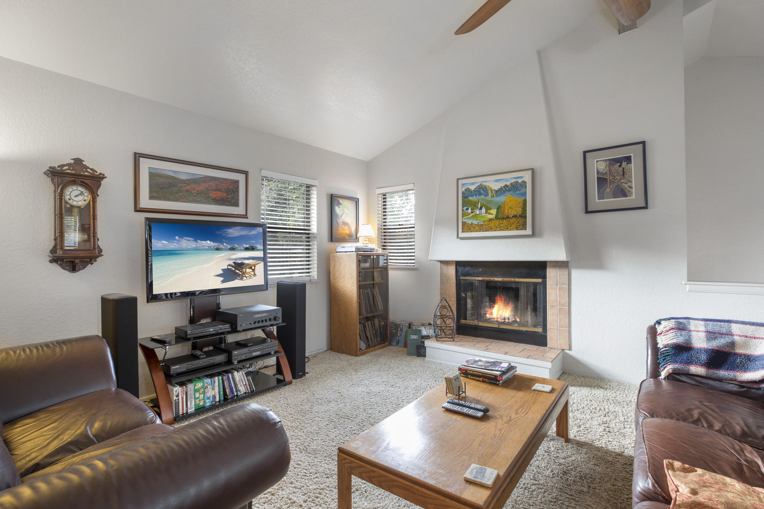 Property photo for 620 W Carrillo St #B Santa Barbara, California 93101 - 18-4205