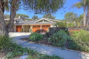 Property photo for 1416 Manitou Rd Santa Barbara, California 93105 - 18-4224