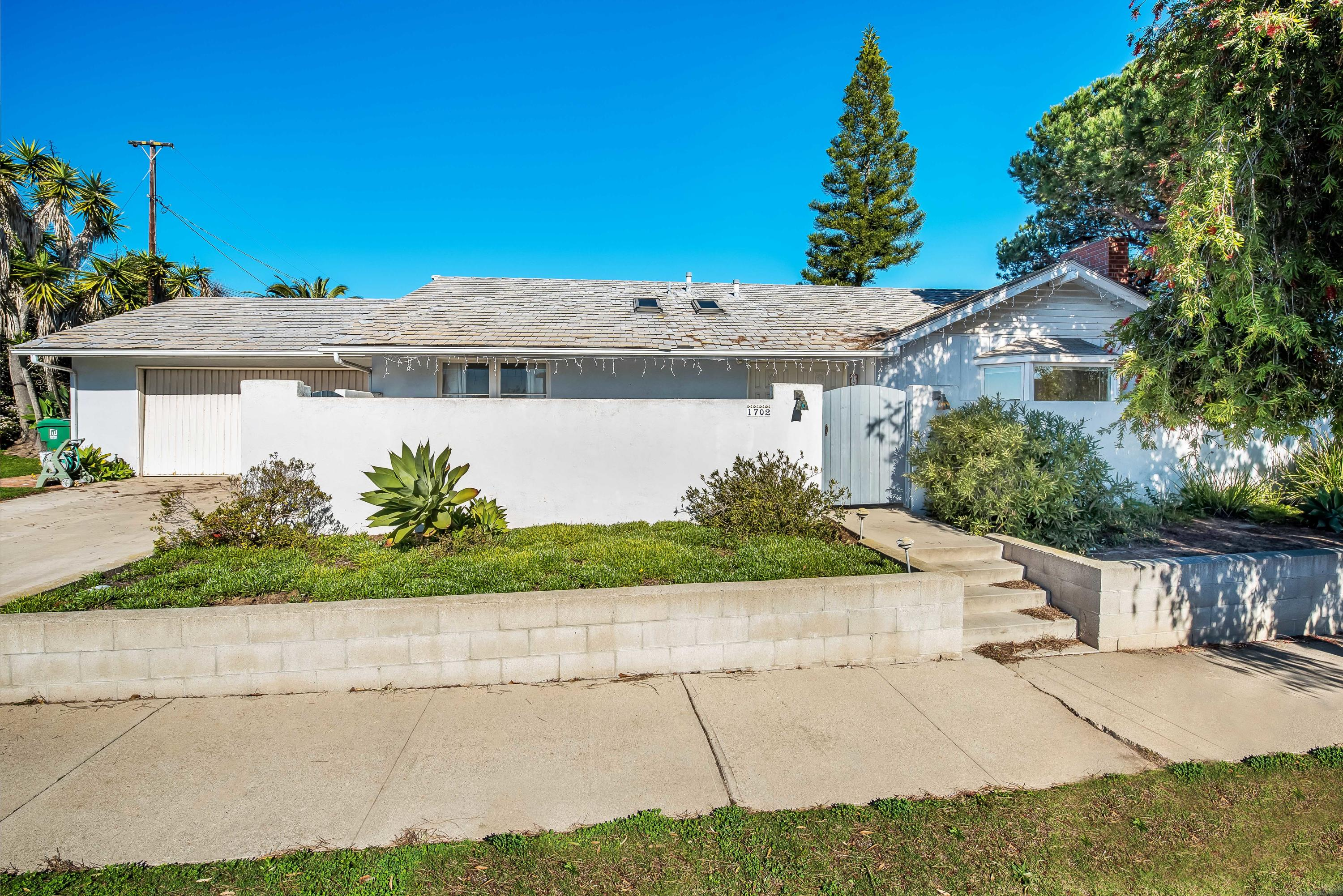 Property photo for 1702 Shoreline Dr Santa Barbara, California 93109 - 19-211