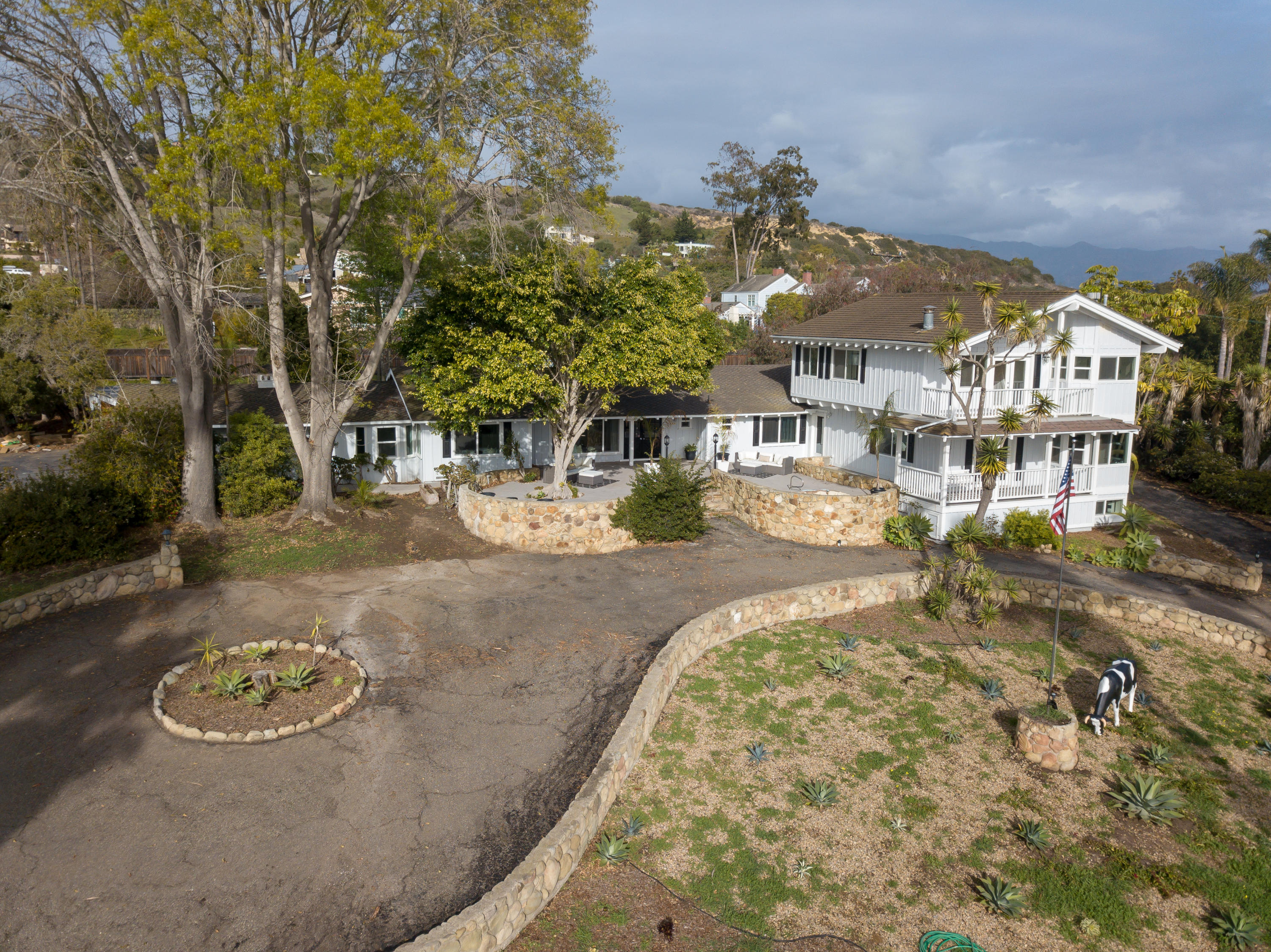 414  Yankee Farm Rd, Santa Barbara, California