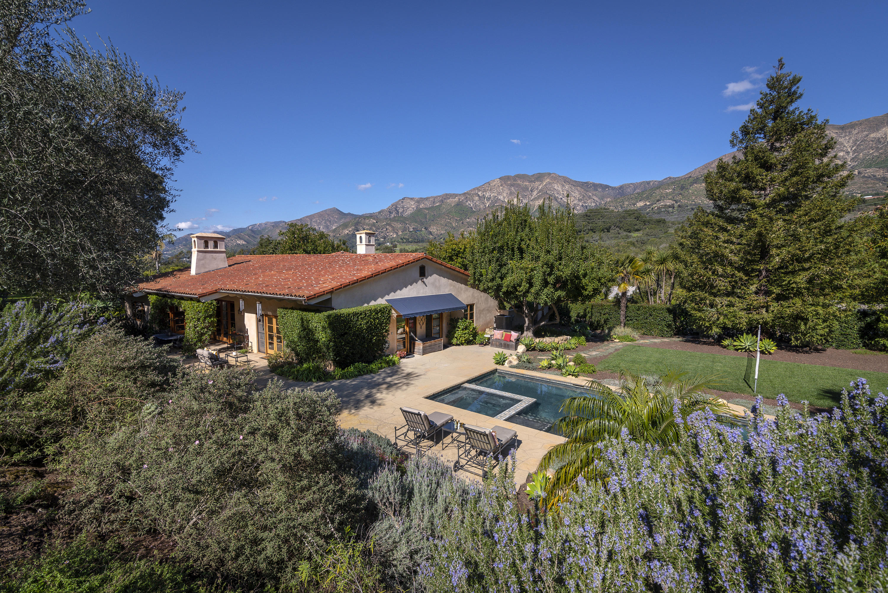 2747  Macadamia Lane, Montecito in Santa Barbara County, CA 93108 Home for Sale
