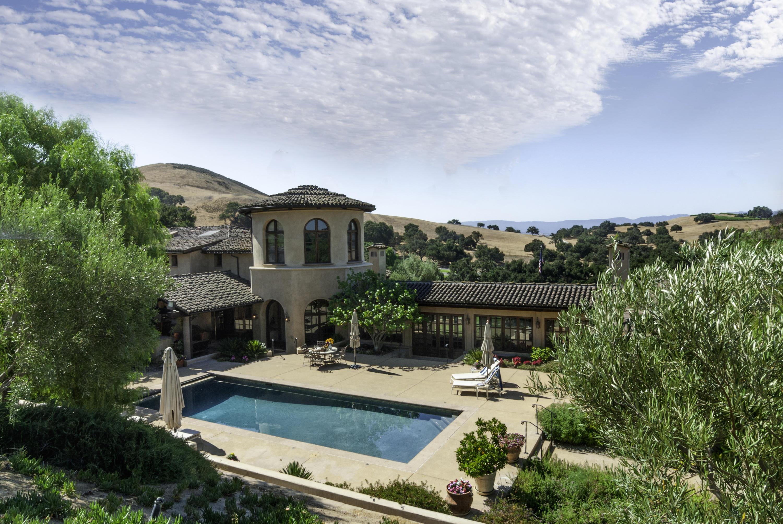 3071 Via De Los Ranchos Rd - Santa Ynez, California