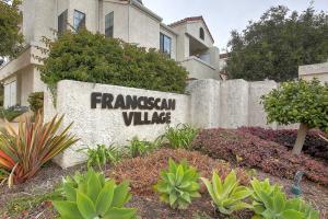 1261 Franciscan Court #7