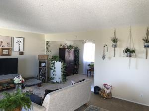 7580 Cathedral Oaks #11