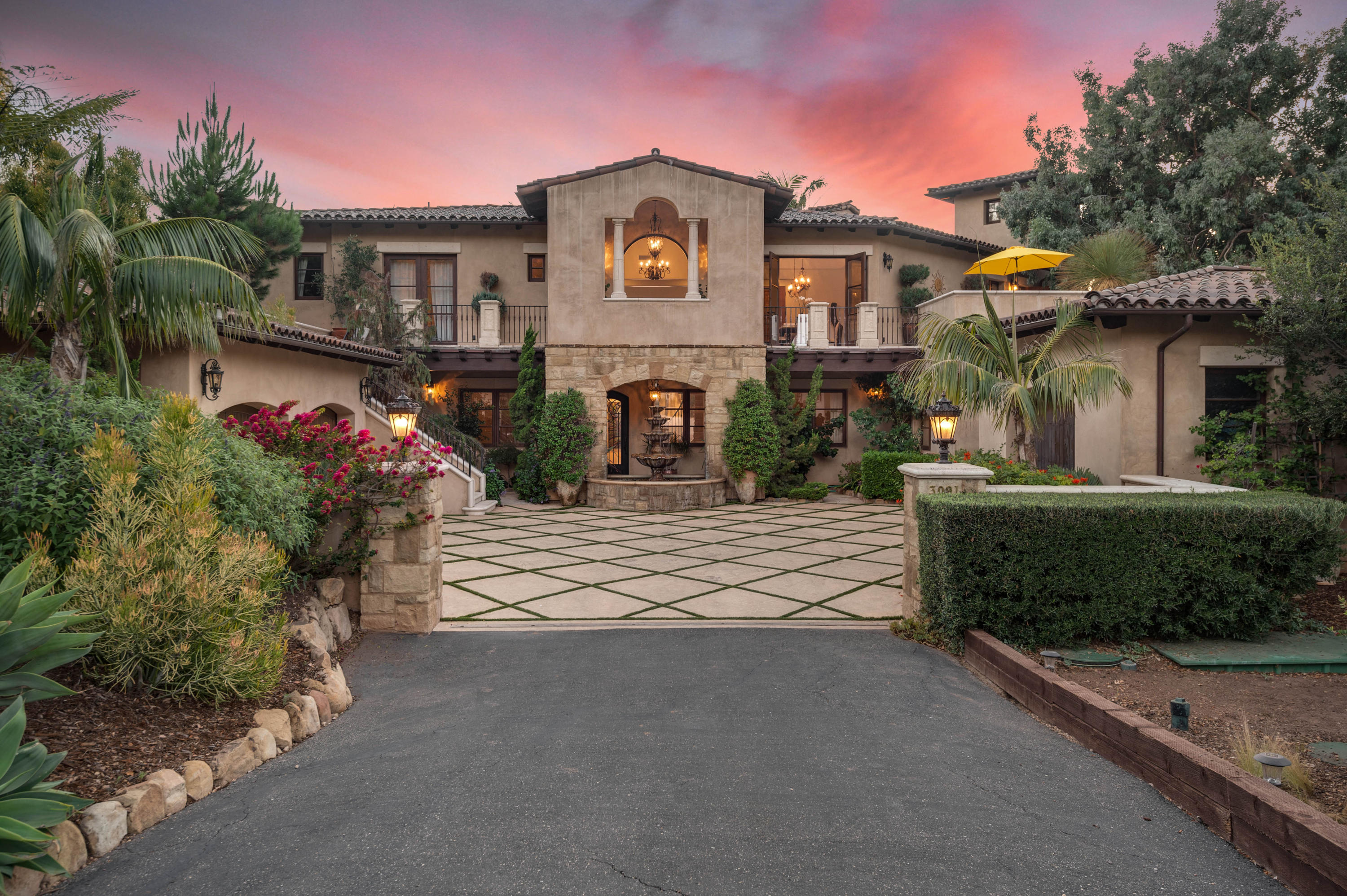 3091 Hidden Valley Ln - Montecito, California
