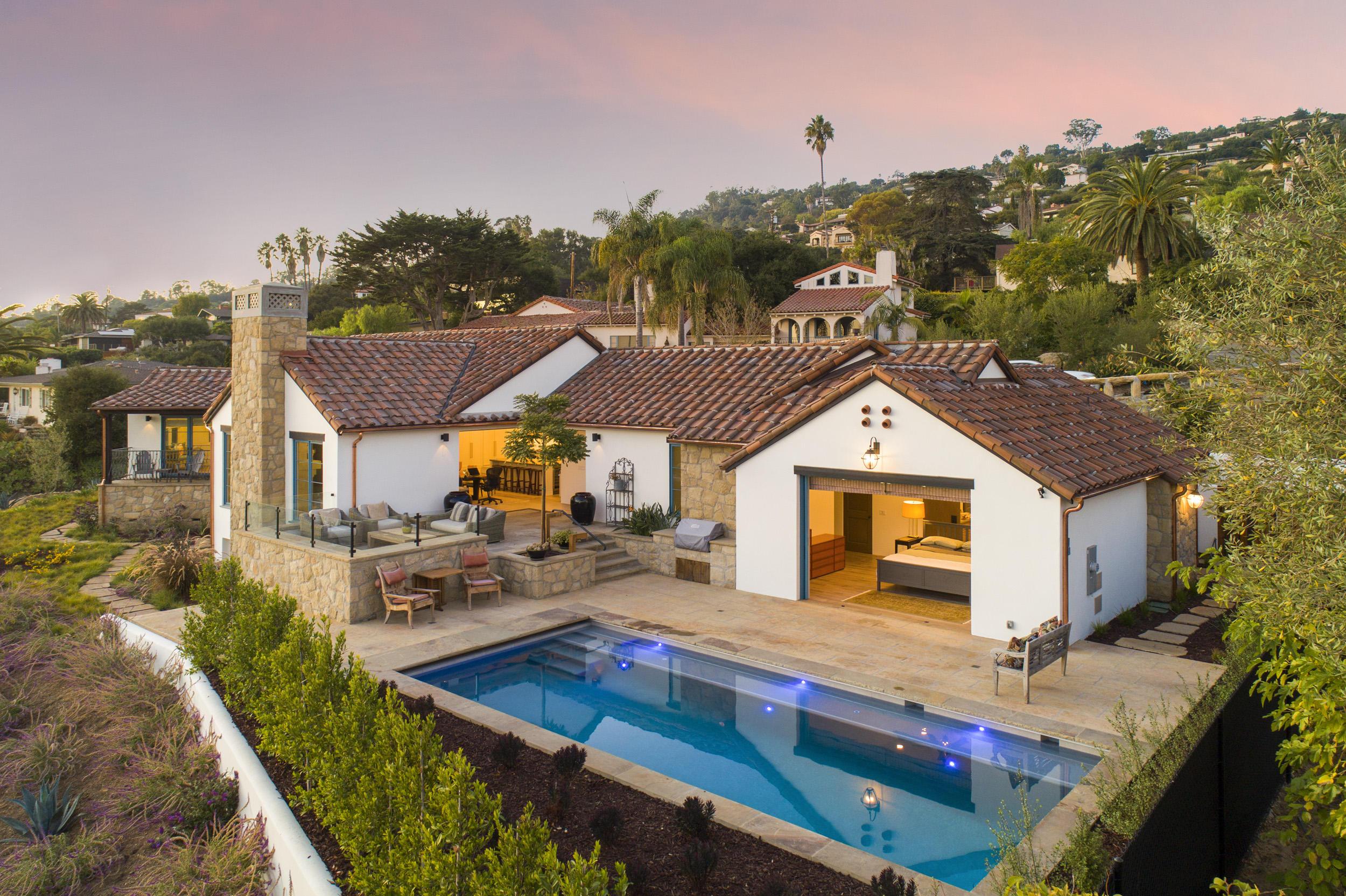 1110 Ferrelo Rd - Santa Barbara East of State, California