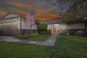 252 Santa Barbara Shores