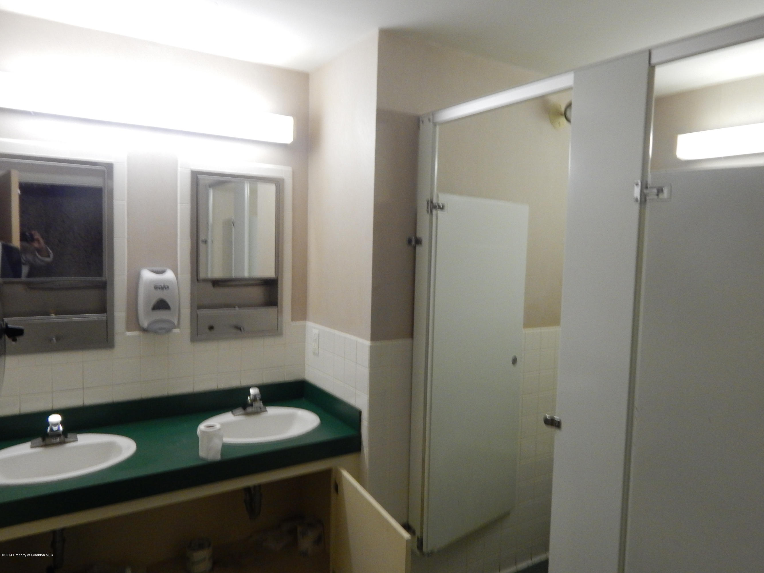 2600 Milford Road, Marshalls Creek, Pennsylvania 18335, ,2 BathroomsBathrooms,Commercial,For Sale,Milford,14-4996