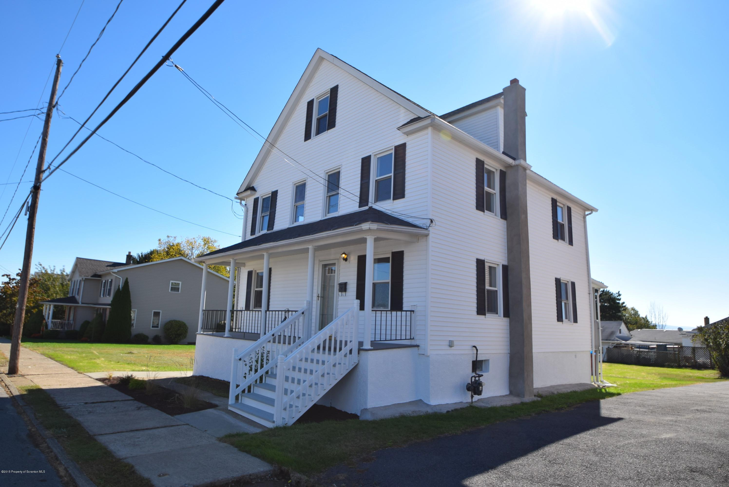 416 Mary St, Old Forge, Pennsylvania 18518, 3 Bedrooms Bedrooms, 6 Rooms Rooms,2 BathroomsBathrooms,Single Family,For Sale,Mary,15-5160
