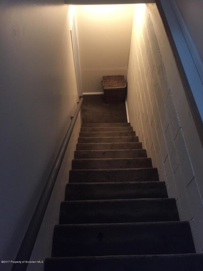 212 Gravity St, Archbald, Pennsylvania 18403, 3 Bedrooms Bedrooms, 6 Rooms Rooms,2 BathroomsBathrooms,Single Family,For Sale,Gravity,17-802
