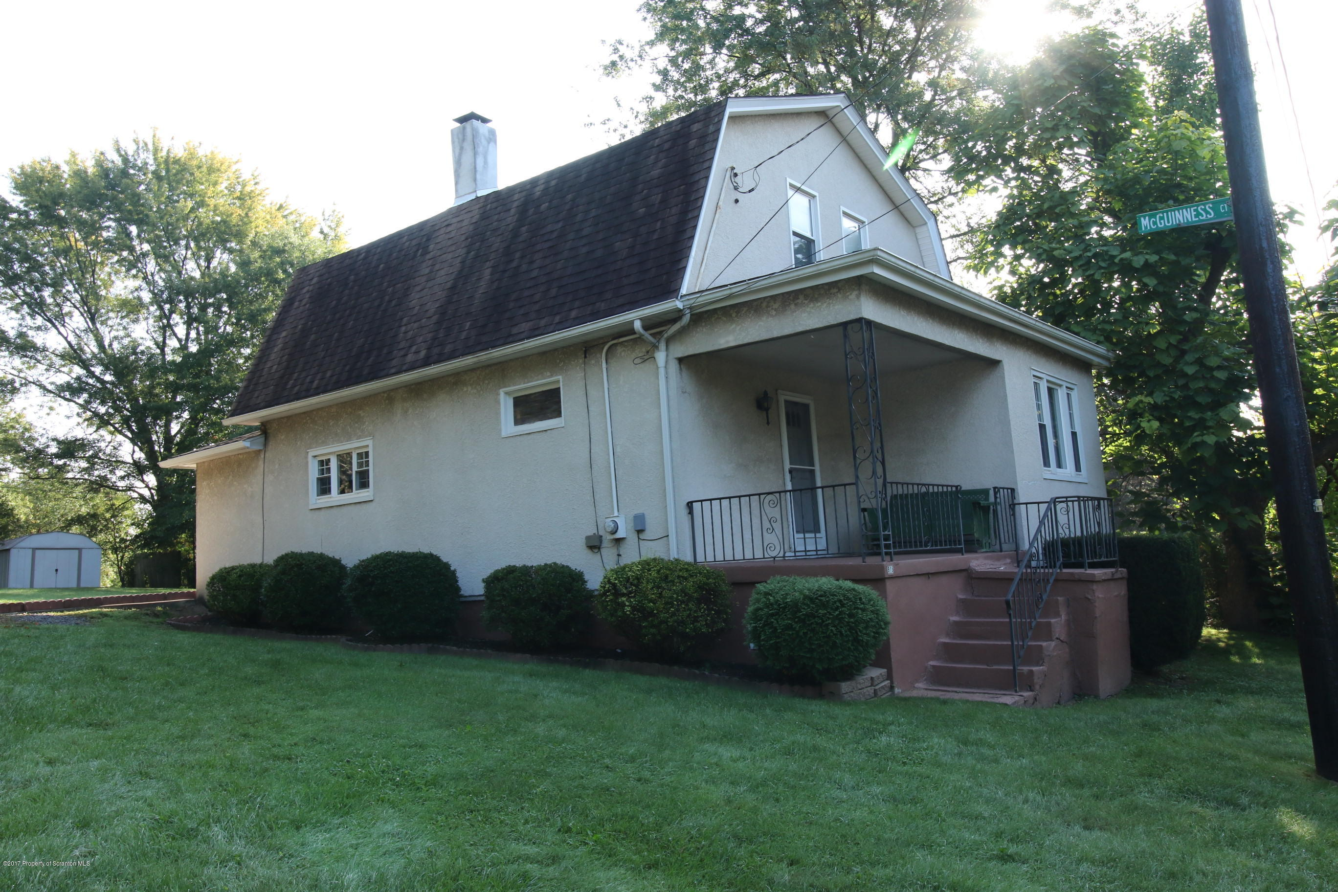 915 Palm St, Scranton, Pennsylvania 18505, 3 Bedrooms Bedrooms, 6 Rooms Rooms,1 BathroomBathrooms,Single Family,For Sale,Palm,17-4495