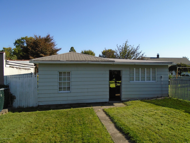 1810 Swetland St, Scranton, Pennsylvania 18504, 3 Bedrooms Bedrooms, 6 Rooms Rooms,1 BathroomBathrooms,Single Family,For Sale,Swetland,17-4537