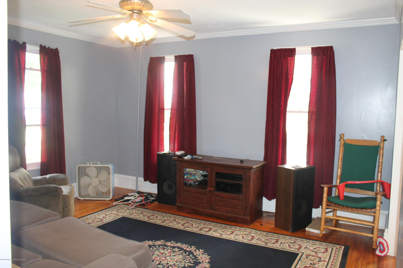 61 Wayne St, Carbondale, Pennsylvania 18407, 2 Bedrooms Bedrooms, 5 Rooms Rooms,2 BathroomsBathrooms,Single Family,For Sale,Wayne,18-4448