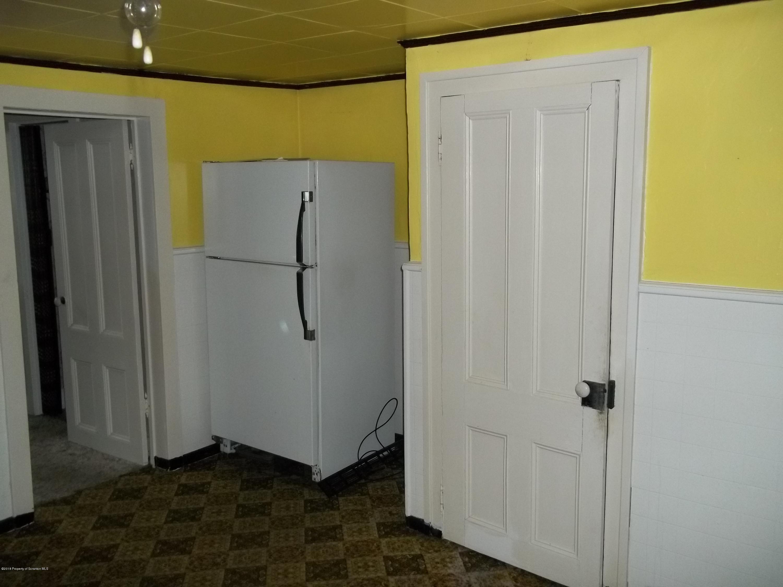 376 Washington St, Susquehanna, Pennsylvania 18847, 4 Bedrooms Bedrooms, 7 Rooms Rooms,2 BathroomsBathrooms,Single Family,For Sale,Washington,18-4966