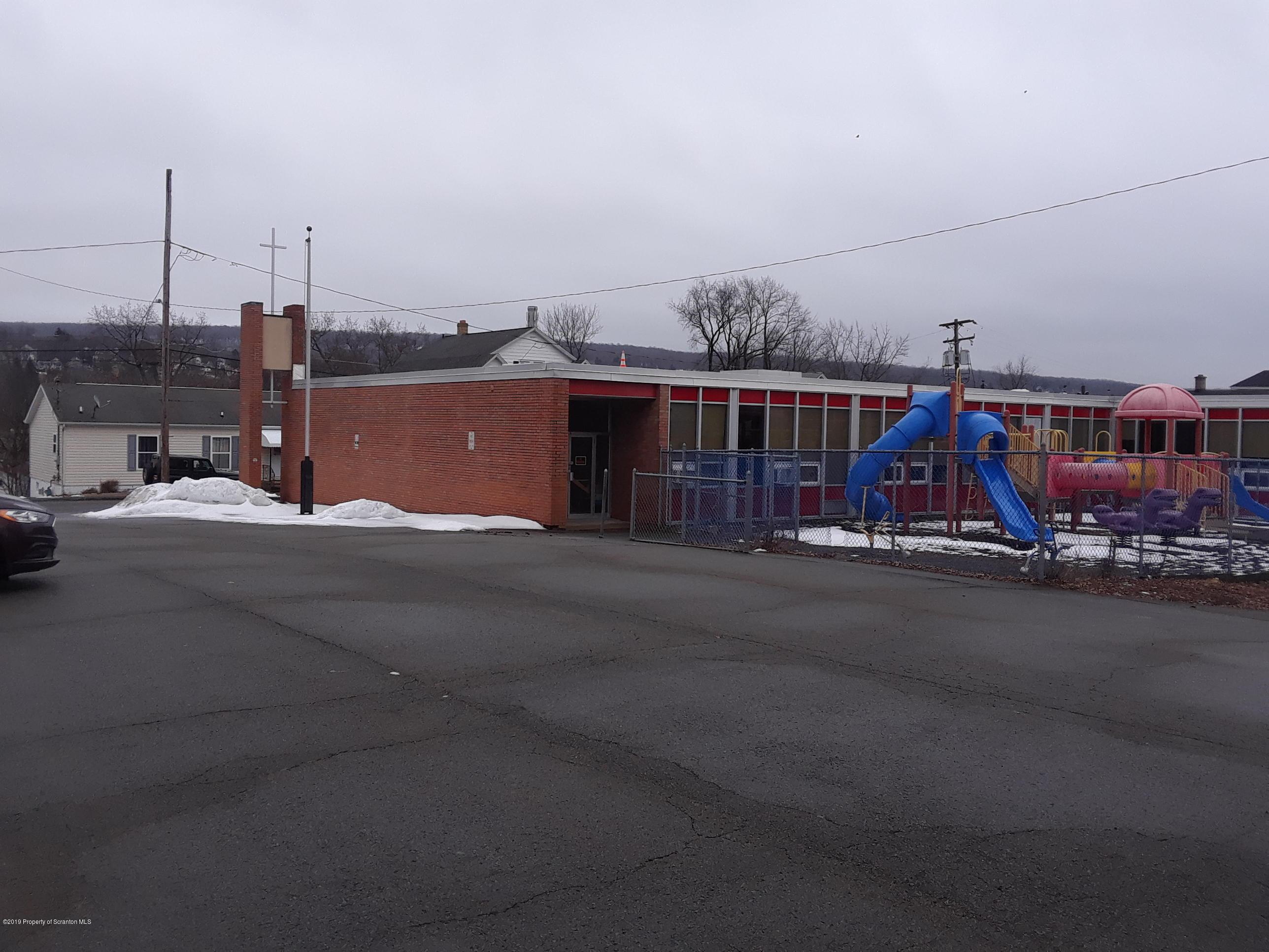 31-36 Fairview St, Carbondale, Pennsylvania 18407, ,5 BathroomsBathrooms,Commercial,For Sale,Fairview,19-765