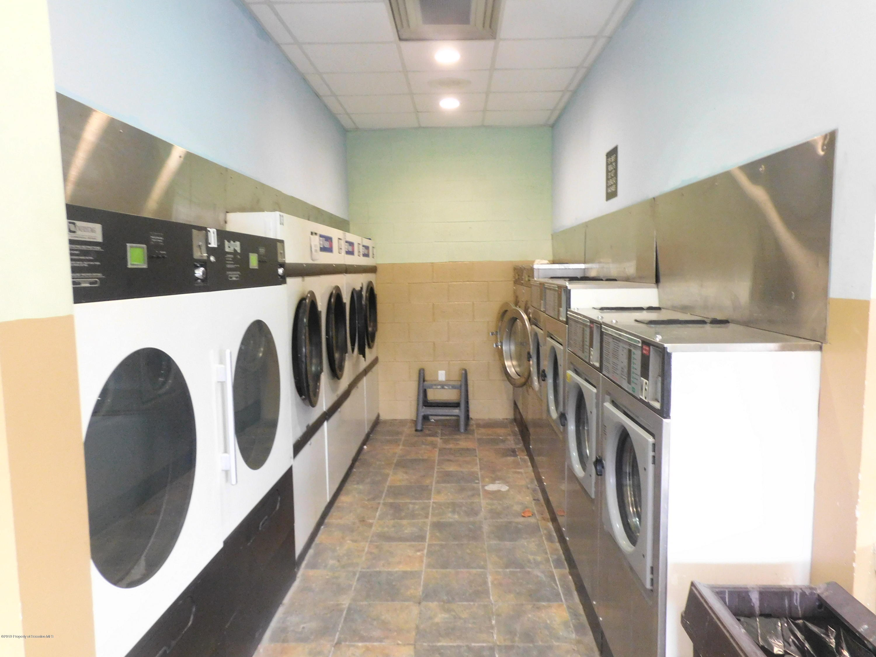 311 Blakely St, Dunmore, Pennsylvania 18512, ,1 BathroomBathrooms,Commercial,For Sale,Blakely,19-1227