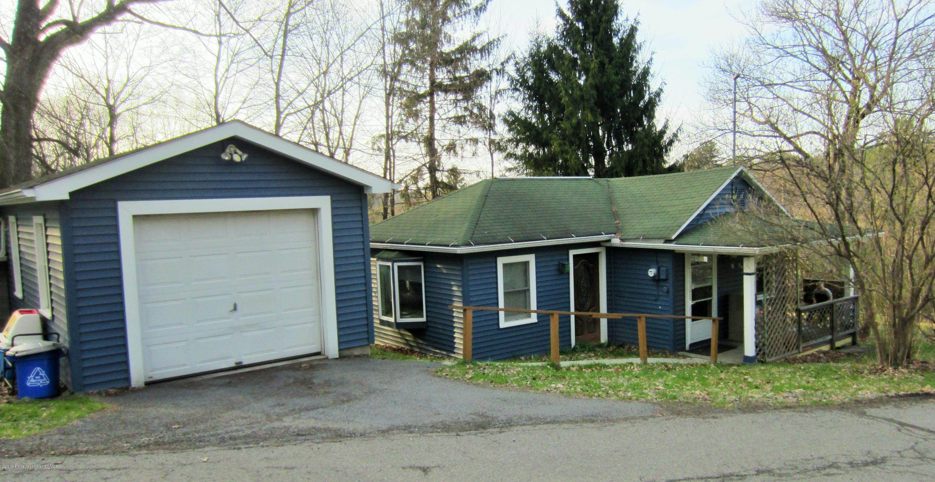 102 STELLE ST, Dalton, Pennsylvania 18414, 1 Bedroom Bedrooms, 4 Rooms Rooms,1 BathroomBathrooms,Single Family,For Sale,STELLE,19-1756