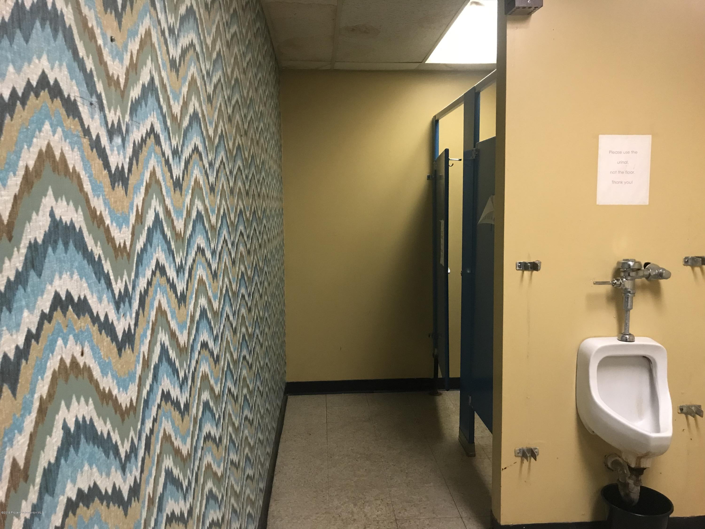 85 Main St, Mayfield, Pennsylvania 18433, ,2 BathroomsBathrooms,Commercial,For Sale,Main,19-1553