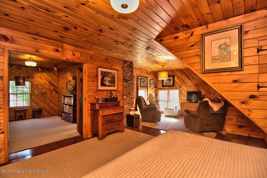 2112 SR 6 & 11, La Plume, Pennsylvania 18440, 5 Bedrooms Bedrooms, 9 Rooms Rooms,3 BathroomsBathrooms,Single Family,For Sale,SR 6 & 11,19-1777