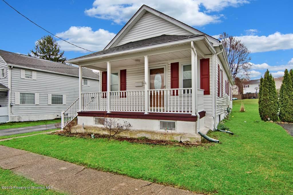 514 Hudson St, Mayfield, Pennsylvania 18433, 3 Bedrooms Bedrooms, 5 Rooms Rooms,1 BathroomBathrooms,Single Family,For Sale,Hudson,19-1806