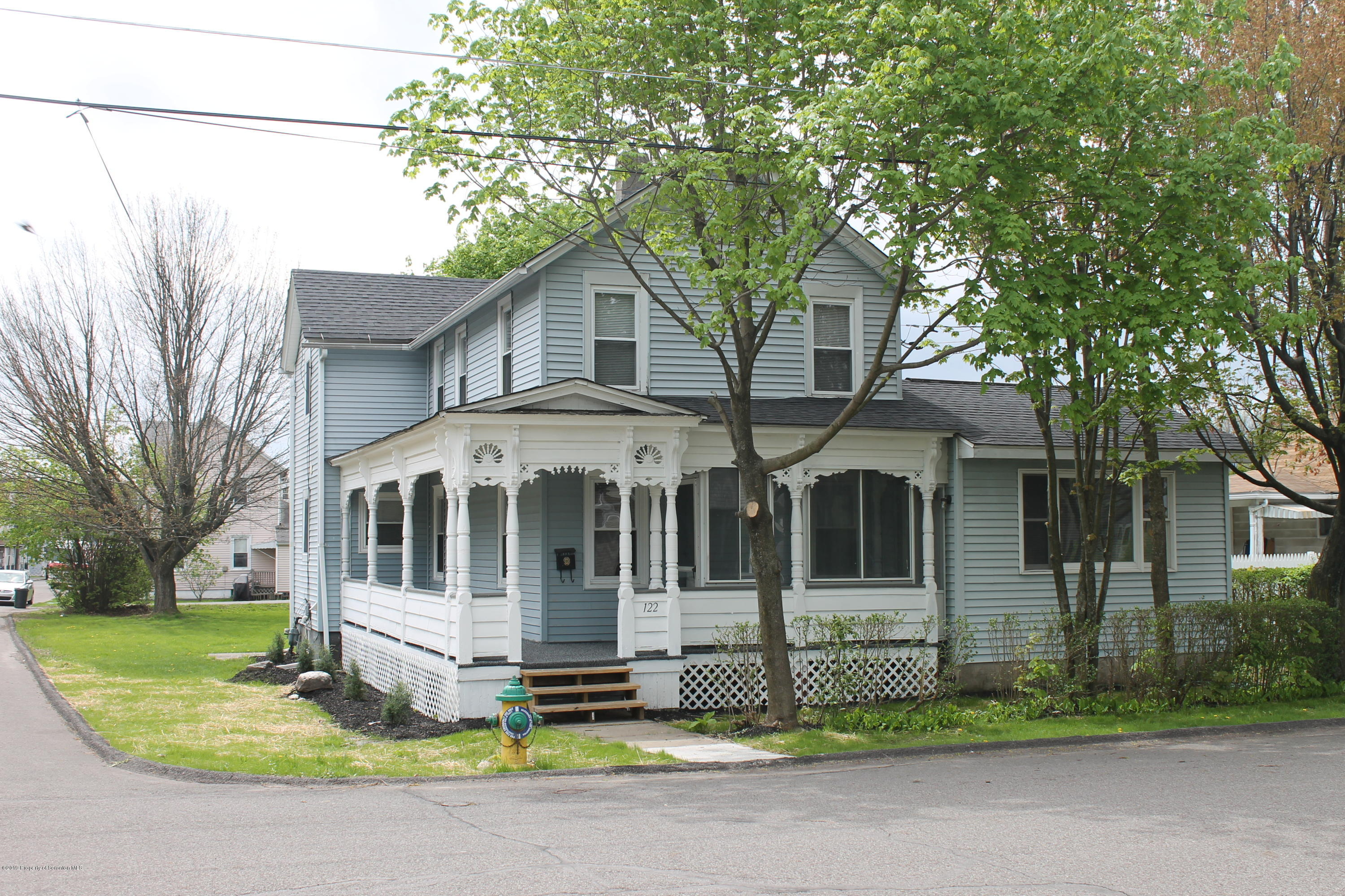 122 Buttonwood St, Jessup, Pennsylvania 18434, 3 Bedrooms Bedrooms, 7 Rooms Rooms,3 BathroomsBathrooms,Single Family,For Sale,Buttonwood,19-1939