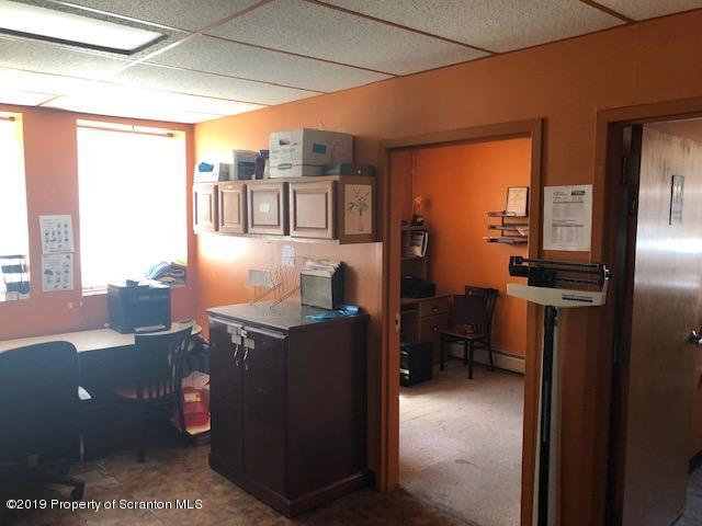 164 Main St, Carbondale, Pennsylvania 18407, ,15 BathroomsBathrooms,Commercial,For Sale,Main,19-2036