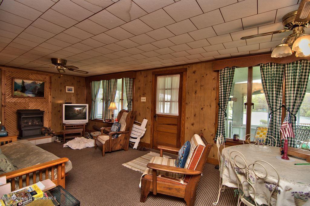 1272 Crystal Lake Blvd., Carbondale, Pennsylvania 18407, 4 Bedrooms Bedrooms, 6 Rooms Rooms,1 BathroomBathrooms,Single Family,For Sale,Crystal Lake,19-2033