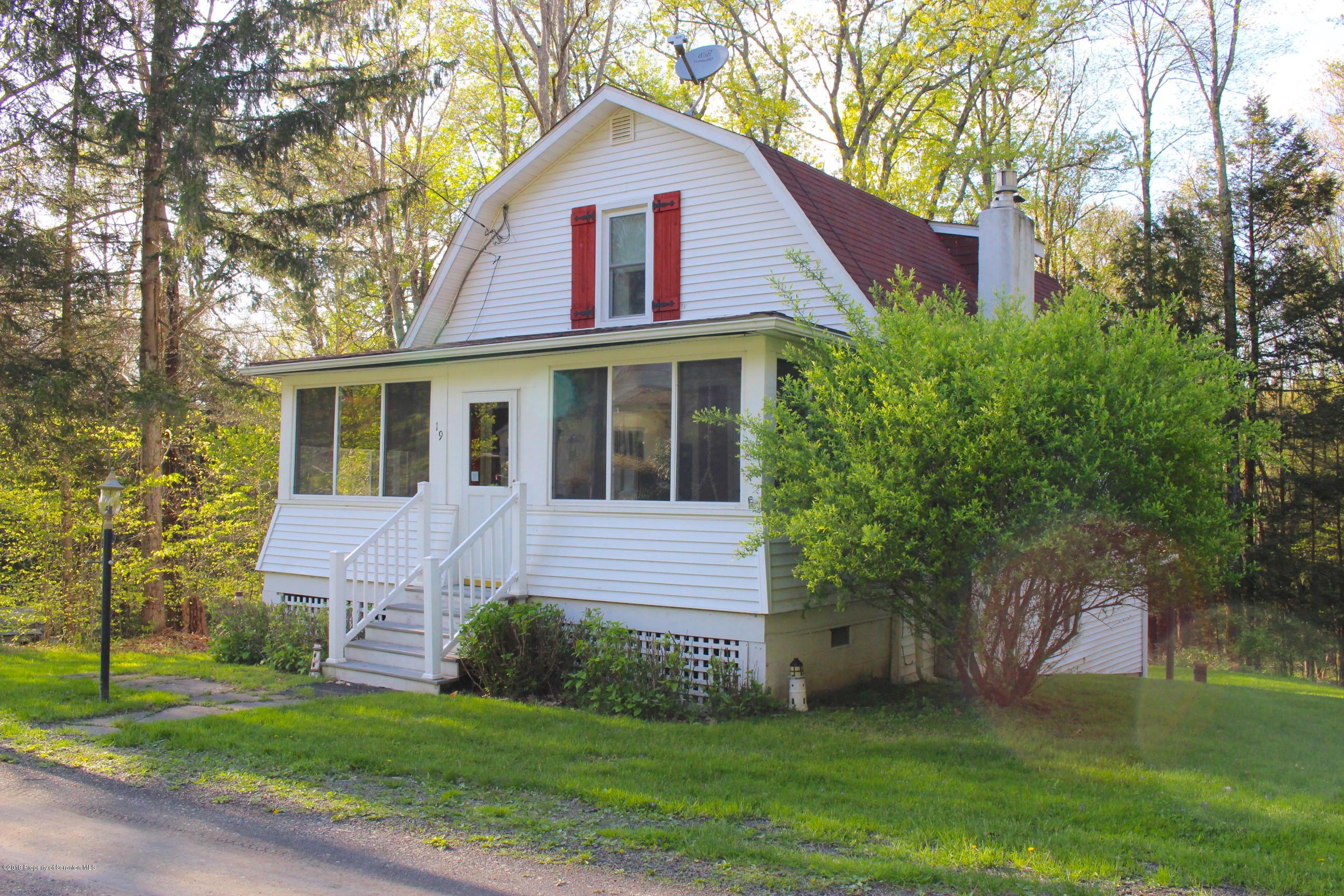 19 Holbrook Rd, Tunkhannock, Pennsylvania 18657, 3 Bedrooms Bedrooms, 5 Rooms Rooms,2 BathroomsBathrooms,Single Family,For Sale,Holbrook,18-1699