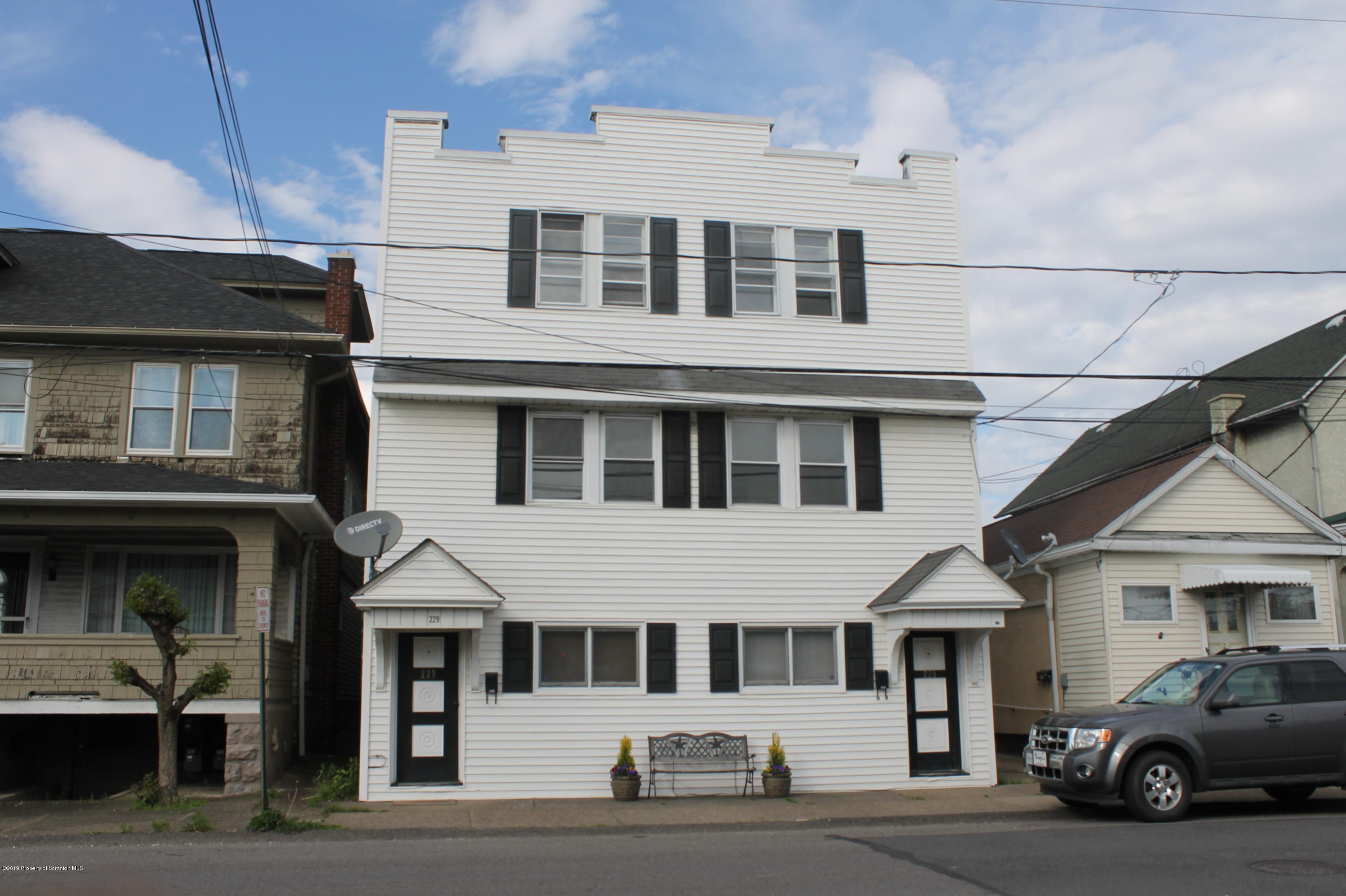 229 Oak St, Old Forge, Pennsylvania 18518, ,Multi-Family,For Sale,Oak,19-2119