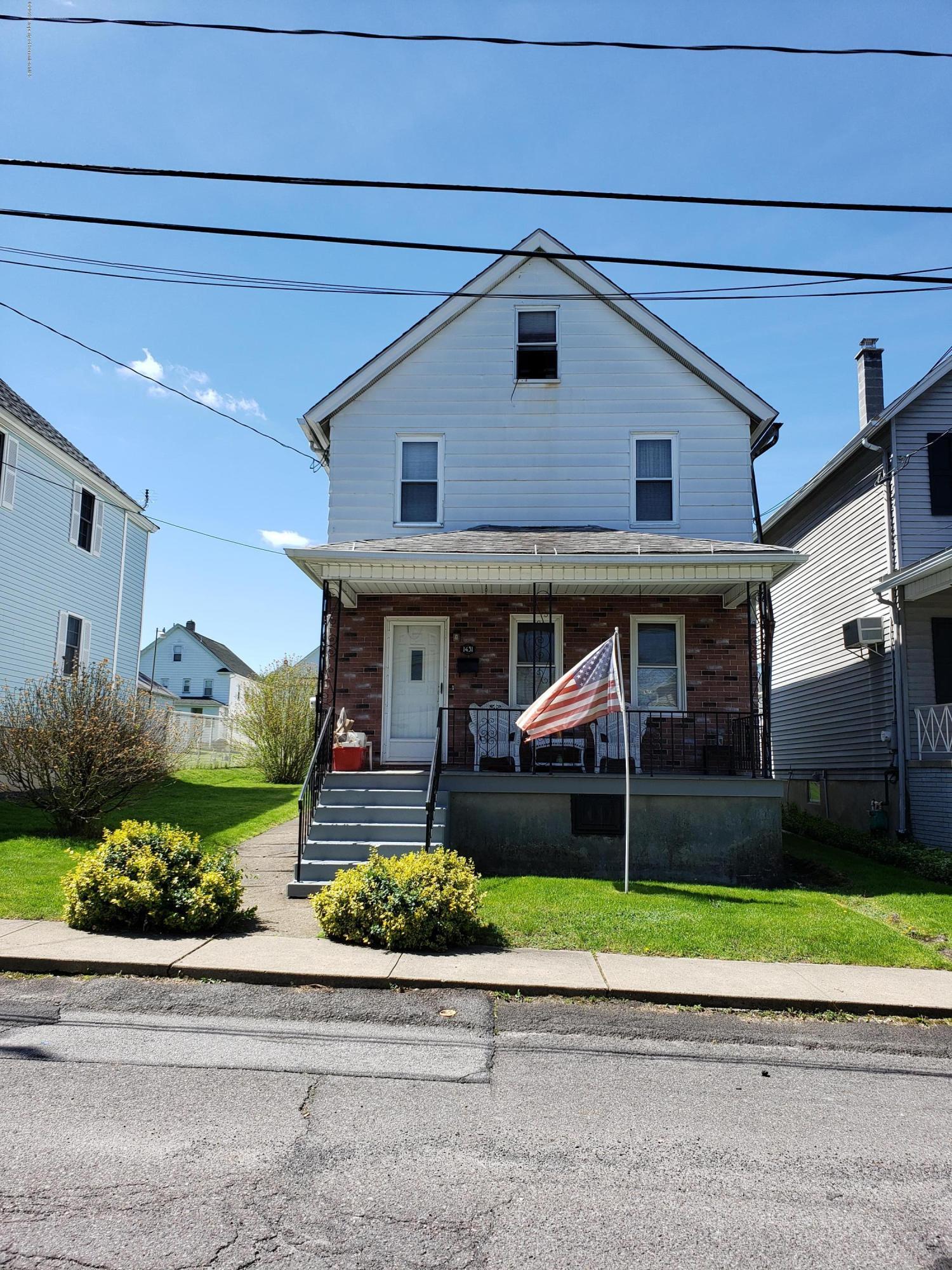 1431 Locust St, Scranton, Pennsylvania 18504, 3 Bedrooms Bedrooms, 6 Rooms Rooms,1 BathroomBathrooms,Single Family,For Sale,Locust,19-2303
