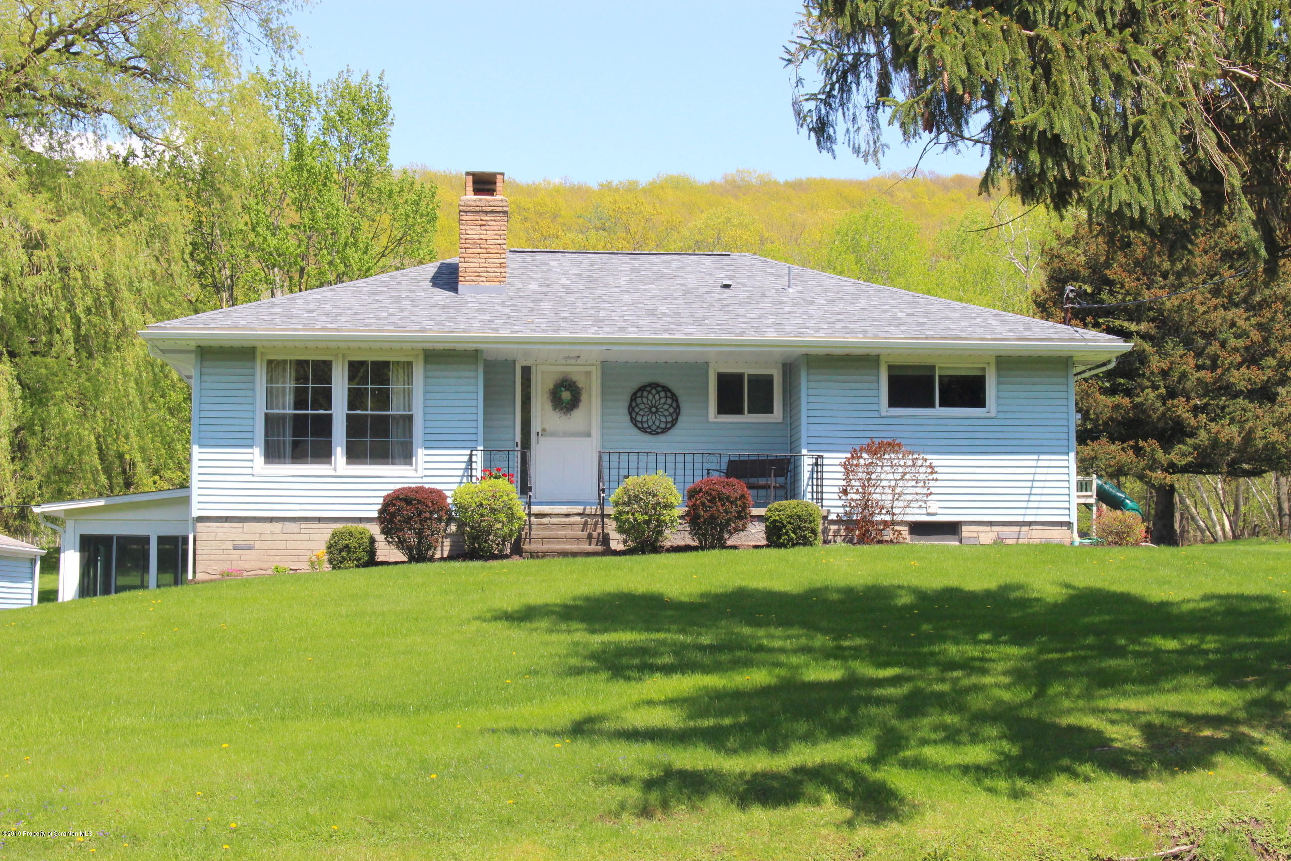 1020 Newton Rd, Clarks Summit, Pennsylvania 18411, 3 Bedrooms Bedrooms, 7 Rooms Rooms,2 BathroomsBathrooms,Single Family,For Sale,Newton,19-2190