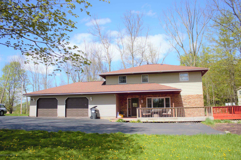 100 Lee Rd, Greenfield Twp, Pennsylvania 18407, 4 Bedrooms Bedrooms, 6 Rooms Rooms,2 BathroomsBathrooms,Single Family,For Sale,Lee,19-2196