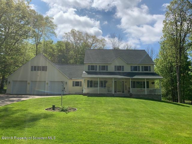 9143 Valley View Dr, Clarks Summit, Pennsylvania 18411, 6 Bedrooms Bedrooms, 13 Rooms Rooms,4 BathroomsBathrooms,Single Family,For Sale,Valley View,19-2025
