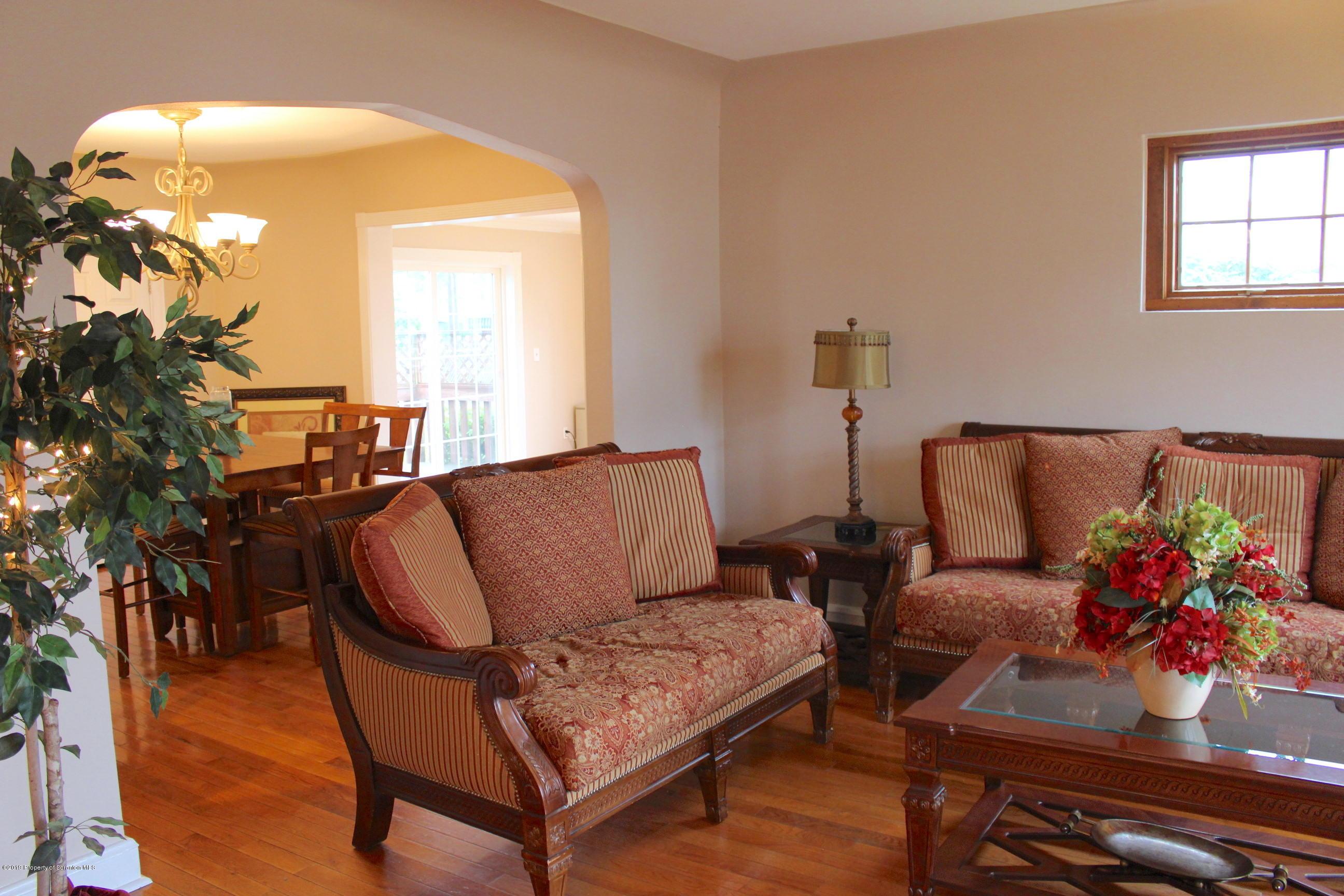 329 Stafford Ave, Scranton, Pennsylvania 18505, 4 Bedrooms Bedrooms, 8 Rooms Rooms,3 BathroomsBathrooms,Single Family,For Sale,Stafford,18-4736