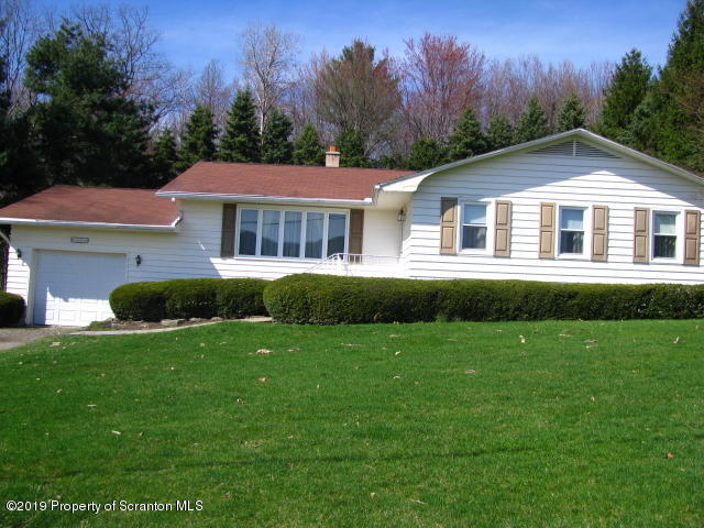 9194 Valley View Dr., Clarks Summit, Pennsylvania