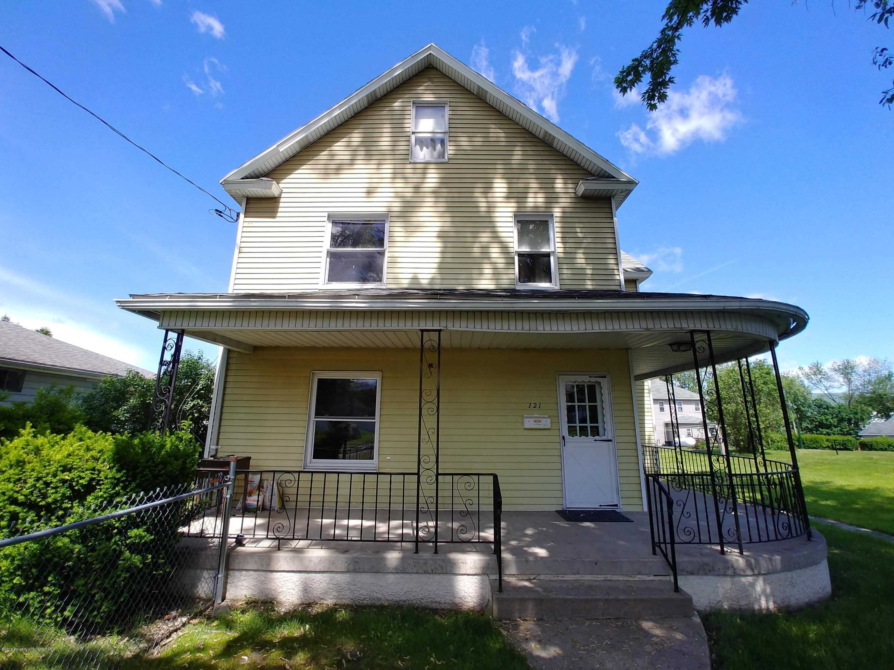 121 Wagner St, Moosic, Pennsylvania 18507, 3 Bedrooms Bedrooms, 7 Rooms Rooms,2 BathroomsBathrooms,Single Family,For Sale,Wagner,19-2393