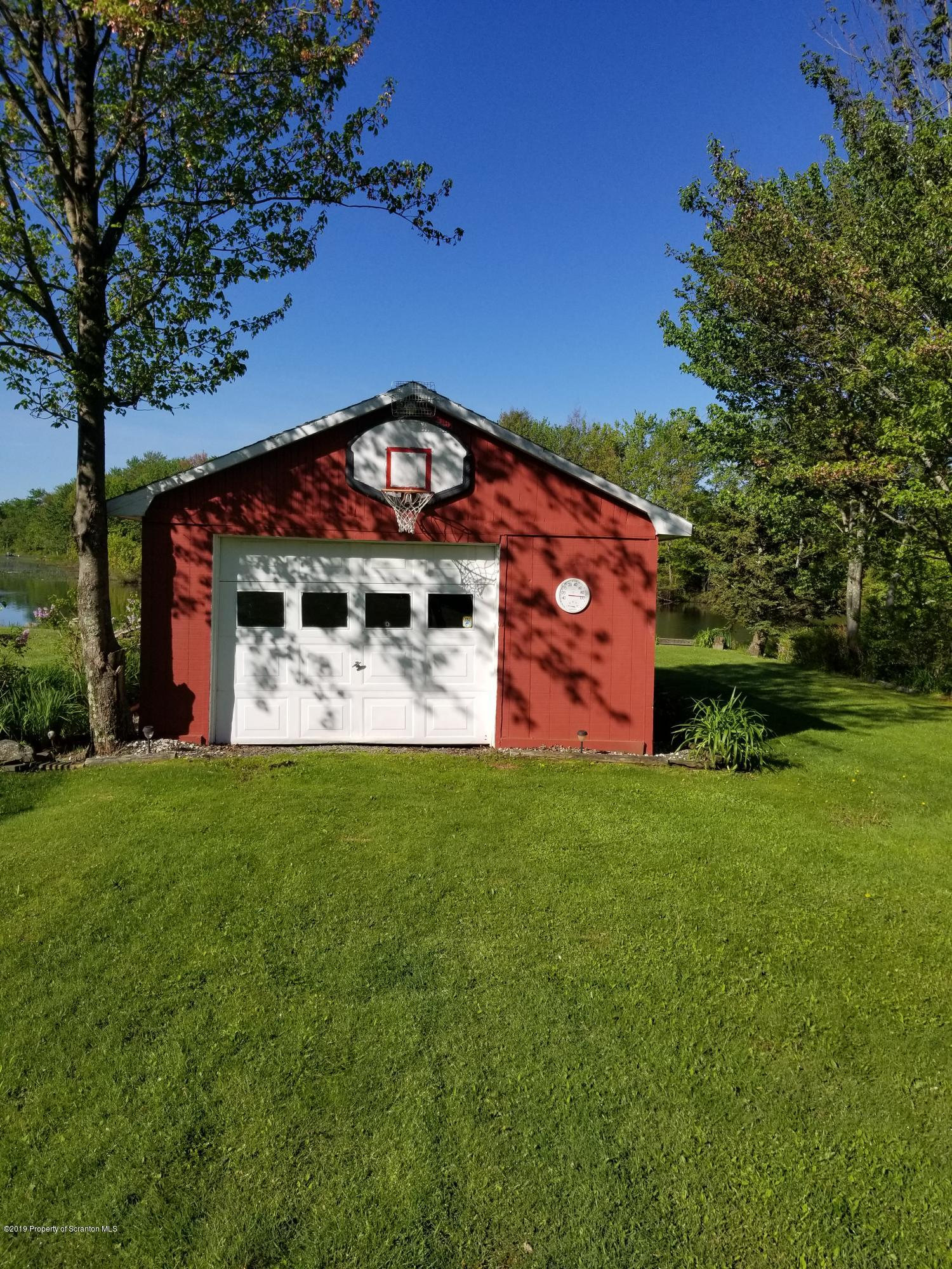 128 Shadyside Dr, Greenfield Twp, Pennsylvania 18407, 2 Bedrooms Bedrooms, 4 Rooms Rooms,1 BathroomBathrooms,Single Family,For Sale,Shadyside,19-2481