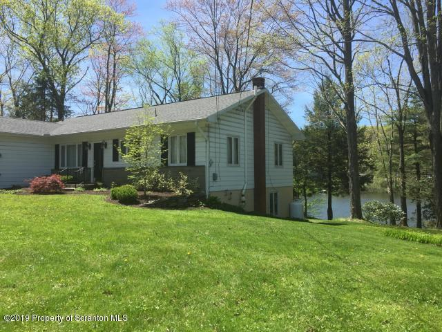 29 Parry Rd, Moscow, Pennsylvania 18444, 3 Bedrooms Bedrooms, 8 Rooms Rooms,2 BathroomsBathrooms,Single Family,For Sale,Parry Rd,19-2522