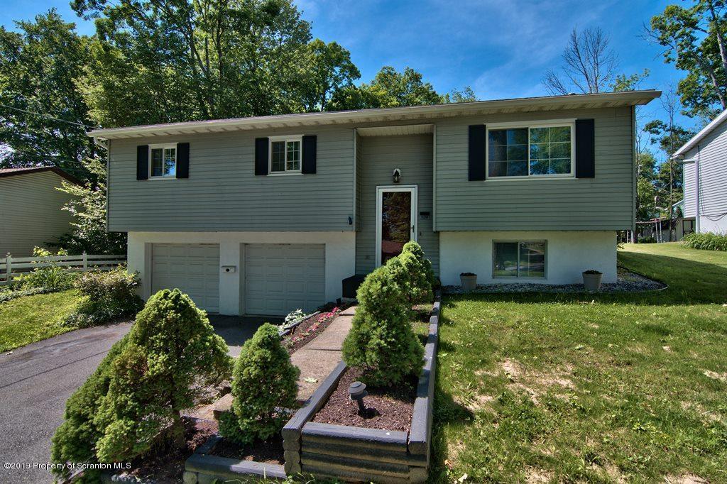 520 Summit Ave, Clarks Summit, Pennsylvania 18411, 3 Bedrooms Bedrooms, 7 Rooms Rooms,2 BathroomsBathrooms,Single Family,For Sale,Summit,19-1621