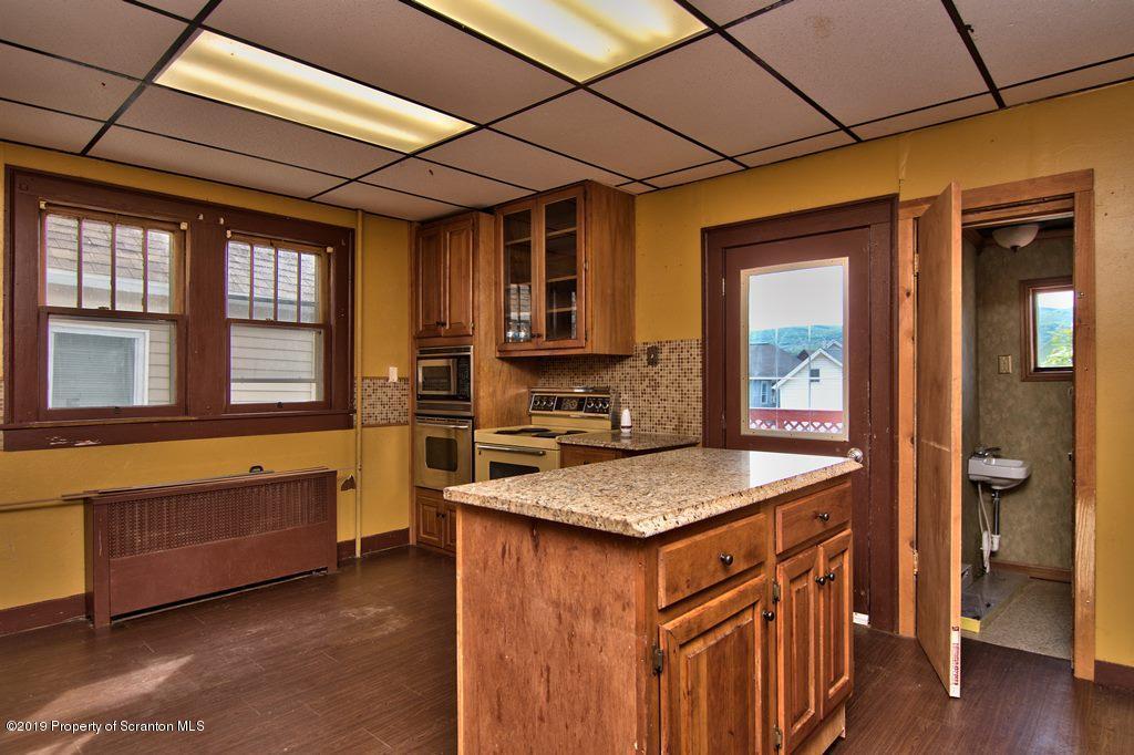206 Sanderson Ave, Olyphant, Pennsylvania 18447, 3 Bedrooms Bedrooms, 6 Rooms Rooms,2 BathroomsBathrooms,Single Family,For Sale,Sanderson,19-2734