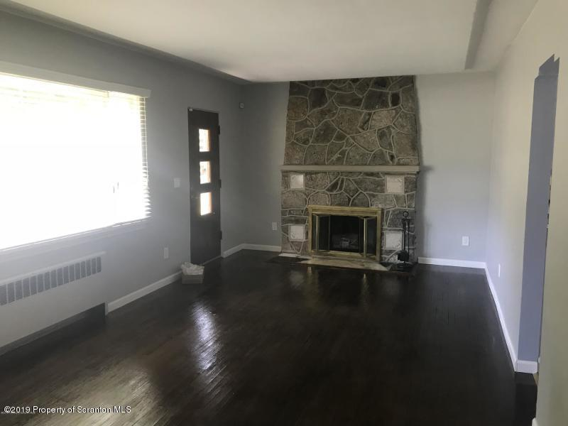2260 Webster Ave, Scranton, Pennsylvania 18505, 3 Bedrooms Bedrooms, 7 Rooms Rooms,1 BathroomBathrooms,Single Family,For Sale,Webster,19-2742