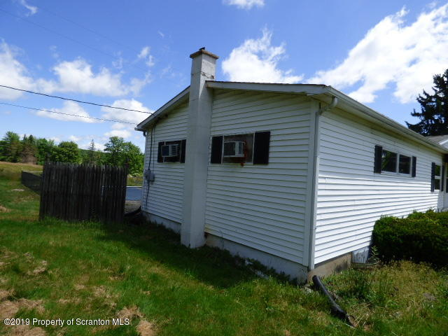 204 State Rte 1002, Tunkhannock, Pennsylvania 18657, 2 Bedrooms Bedrooms, 4 Rooms Rooms,2 BathroomsBathrooms,Single Family,For Sale,State Rte 1002,19-2746