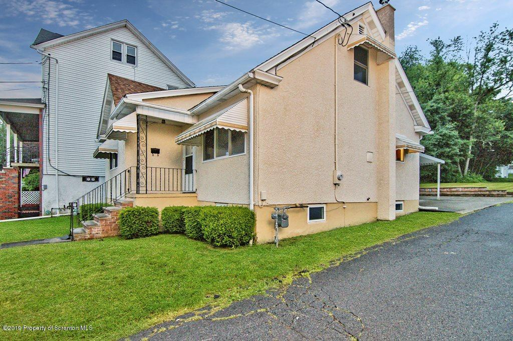 618 Breck St, Scranton, Pennsylvania 18505, 3 Bedrooms Bedrooms, 5 Rooms Rooms,1 BathroomBathrooms,Single Family,For Sale,Breck,19-2933